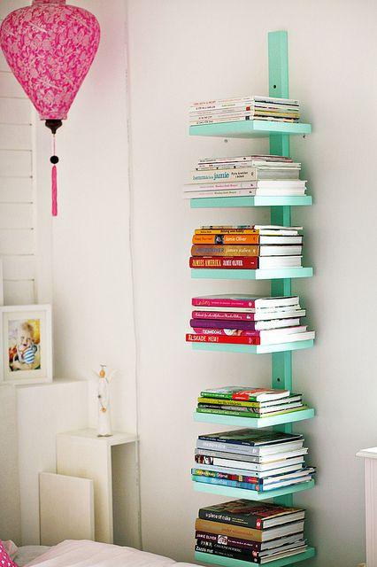 Cómo hacer más sitio (en vertical) para tus libros